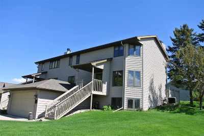 Green Bay Condo/Townhouse Active-No Offer: 3500 Highland Center