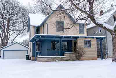 Kaukauna Single Family Home Active-Offer No Bump: 706 Metoxen