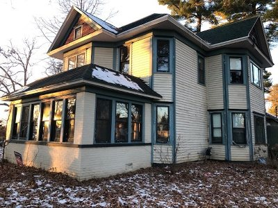 Shawano Single Family Home Active-Offer No Bump: 204 N Bartlett