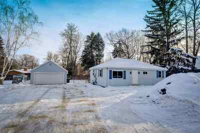 Neenah Single Family Home Active-No Offer: 2589 Hwy Jj