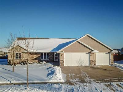 Combined Locks Single Family Home Active-Offer No Bump: 651 Arnie