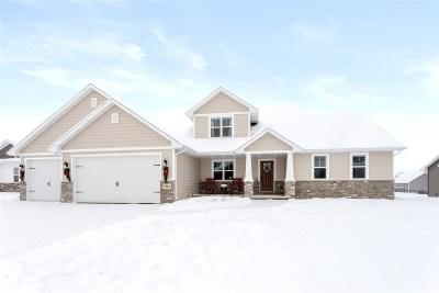 De Pere Single Family Home Active-Offer No Bump: 7801 Altmeyer