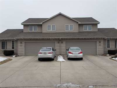 Green Bay Multi Family Home Active-Offer No Bump: 655 Welland