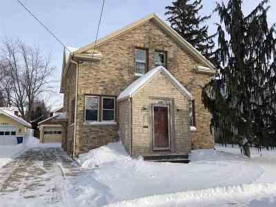 Oshkosh Single Family Home Active-Offer No Bump-Show: 670 Boyd