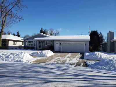 Combined Locks Single Family Home Active-Offer No Bump: 515 Steven