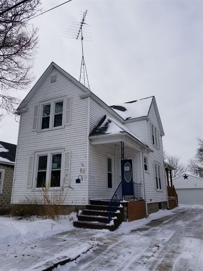 Oshkosh Single Family Home Active-Offer No Bump: 53 Bowen