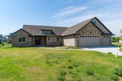 Appleton Single Family Home Active-Offer No Bump: 4420 N Orion