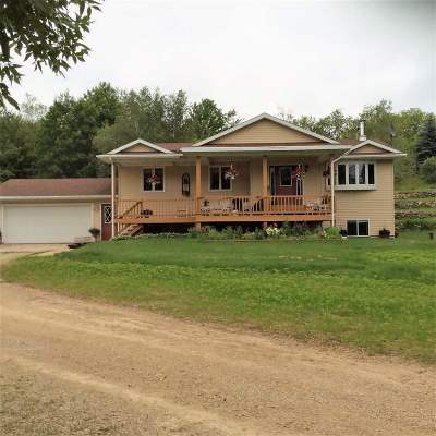 Waupaca Single Family Home Active-Offer No Bump: E2558 White Tail