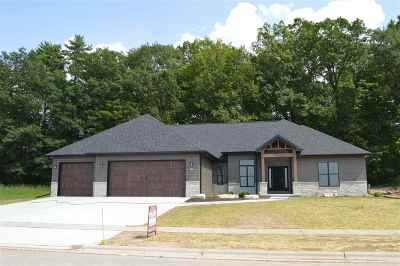 Brown County Single Family Home Active-No Offer: 644 Sunset Ridge