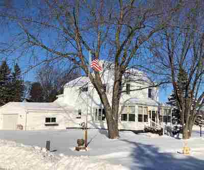 Marinette Single Family Home Active-Offer No Bump: 1529 6th