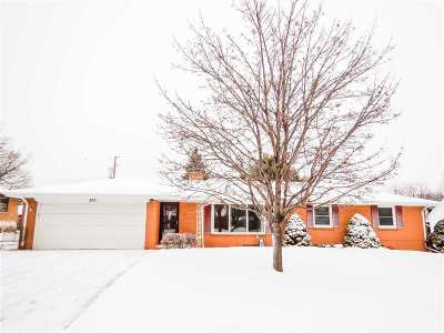 Green Bay Single Family Home Active-Offer No Bump: 970 Watermolen