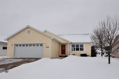 Neenah Single Family Home Active-Offer No Bump: 2509 Bishops