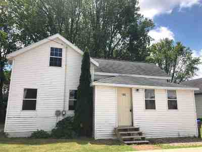 Black Creek Single Family Home Active-No Offer: 106 E Burdick