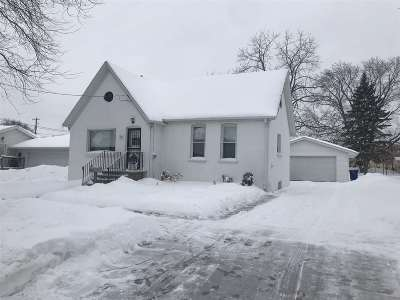 Green Bay Single Family Home Active-No Offer: 1087 Elmore