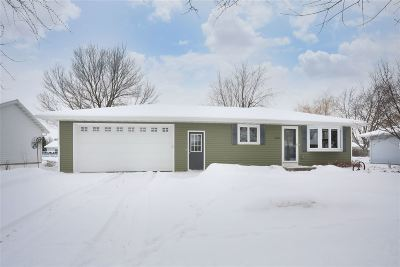 Kaukauna Single Family Home Active-Offer No Bump: 2731 Main