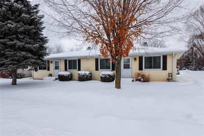 De Pere Multi Family Home Active-Offer No Bump: 1191 S Erie