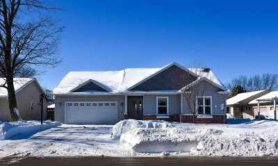 Oshkosh Single Family Home Active-Offer No Bump: 317 Knapp
