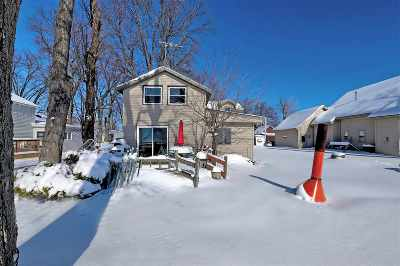 Menasha Single Family Home Active-Offer No Bump: W7225 Firelane 2