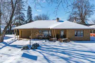 Appleton Single Family Home Active-No Offer: 1715 S Outagamie