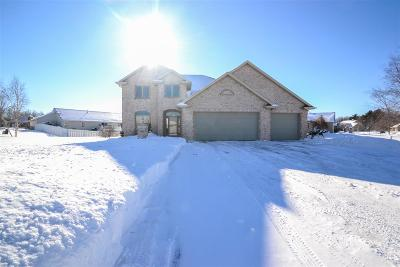 Green Bay Single Family Home Active-Offer No Bump: 3364 Langdon