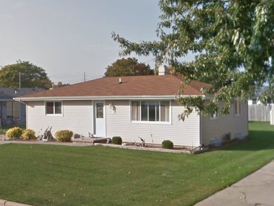 Neenah Single Family Home Active-Offer No Bump: 331 Thomas