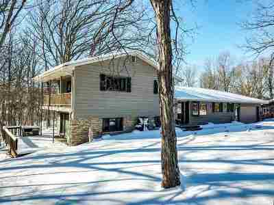 Kaukauna Single Family Home Active-Offer No Bump: 505 Meadow