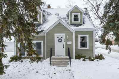 Neenah Single Family Home Active-Offer No Bump: 788 Maple