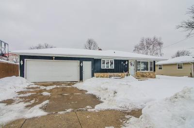 Appleton Single Family Home Active-No Offer: 331 S Fidelis