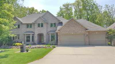 Green Bay Single Family Home Active-No Offer: 2883 Shelter Creek