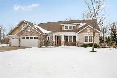 Neenah Single Family Home Active-Offer No Bump-Show: 1374 Firefly