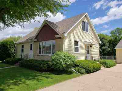 Oshkosh Single Family Home Active-No Offer: 2318 Ashland