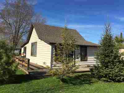 Oconto Falls Single Family Home Active-No Offer: 535 Quincy