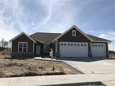 De Pere Single Family Home Active-No Offer: 2150 River Birch