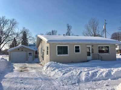 Shawano County Single Family Home Active-Offer No Bump: 804 E Randall