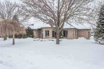 Appleton Single Family Home Active-No Offer: N401 Tamarack