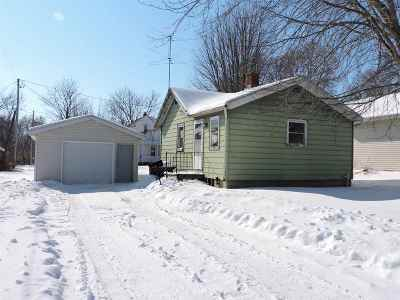 Combined Locks Single Family Home Active-No Offer: 231 Kamps