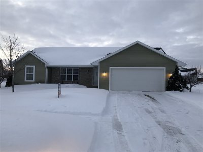 De Pere Single Family Home Active-Offer No Bump: 2180 Ryan