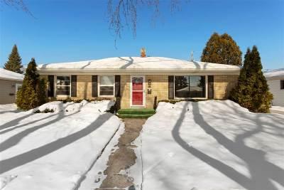 Appleton Single Family Home Active-Offer No Bump: 1218 E Byrd