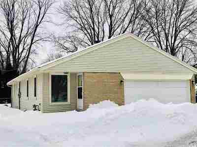 Green Bay Single Family Home Active-Offer No Bump: 1864 Eastman