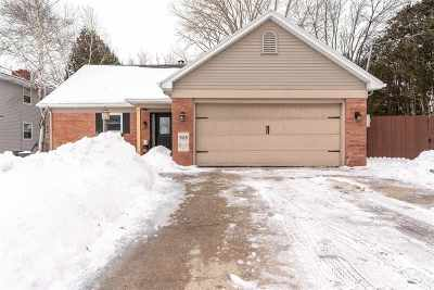 Menasha Single Family Home Active-Offer No Bump: 908 Emily