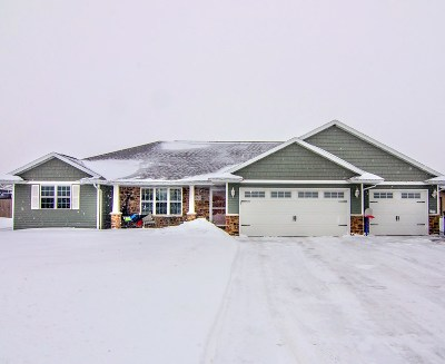 De Pere Single Family Home Active-No Offer: 1143 Pisces