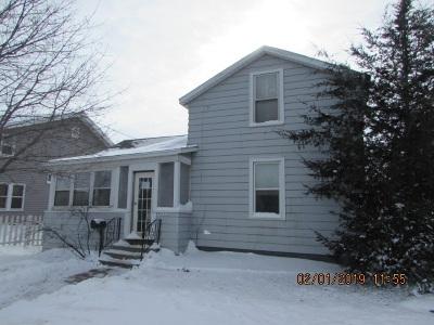 Oshkosh Single Family Home Active-Offer No Bump: 1301 Oshkosh