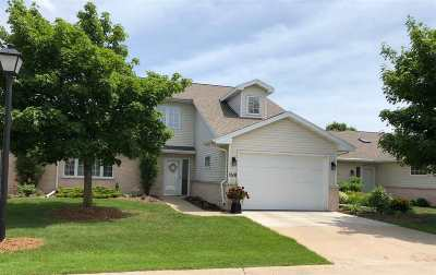 Green Bay Condo/Townhouse Active-No Offer: 1518 River Pines #B