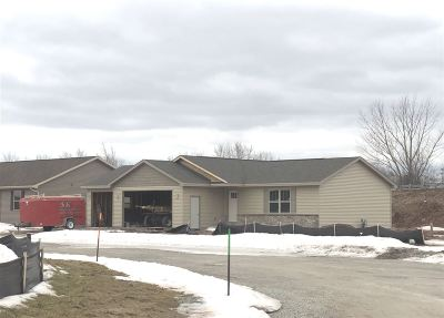 Kaukauna Single Family Home Active-Offer No Bump: 710 Alyssa