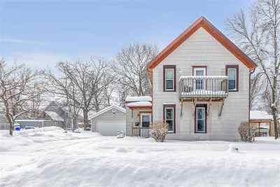 Kaukauna Multi Family Home Active-Offer No Bump: 211 Park