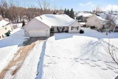 Green Bay Single Family Home Active-Offer No Bump: 2916 Copper Mountain