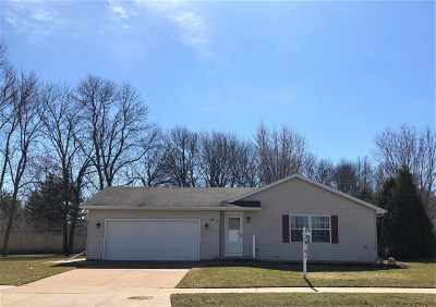 Appleton Single Family Home Active-Offer No Bump: 2817 E Rail