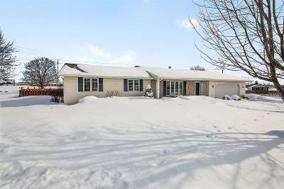 Green Bay Single Family Home Active-Offer No Bump: 2267 Lynwood