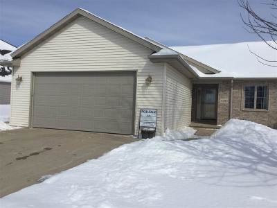 Kaukauna Condo/Townhouse Active-Offer W/Bump-Show: 4380 Fieldcrest