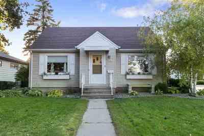 Oshkosh Single Family Home Active-No Offer: 1903 Simpson